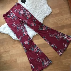 NWT High Waisted Soft Flare Floral Leggings